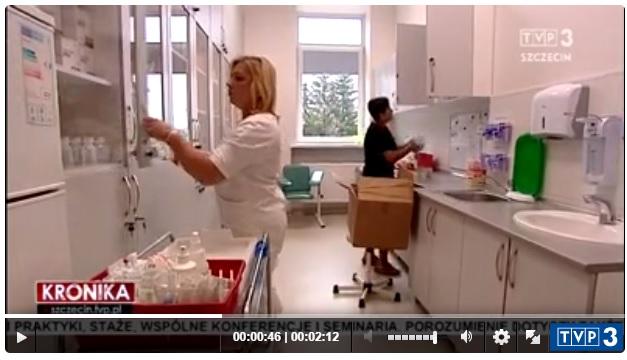 Materiał telewizyjny – szpital zaciąga kredyt. Powód? Trzeba podnieść płace pielęgniarek, żeby nie odchodziły do sąsiednich szpitali, gdzie stawki zaczynają się od 27 złotych wzwyż.
