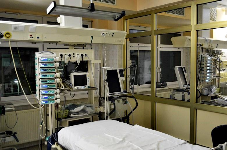 Szpital, ZOL, ZPO zatrudnią pielęgniarki. Sprawdź płace.