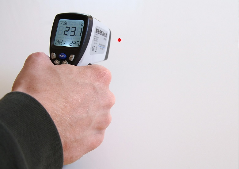 Koronawirus a pomiar temperatury – najważniejsze zasady.