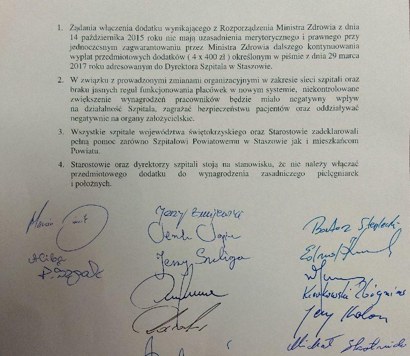 Zobacz pełną treść przyjętego przez dyrektorów wszystkich świętokrzyskich szpitali oraz starostów stanowiska w sprawie strajku pielęgniarek w Staszowie.