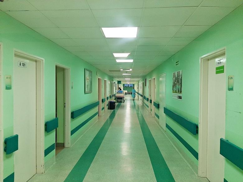 Skandal! Zembalowe dla pielęgniarek w gestii dyrektora.