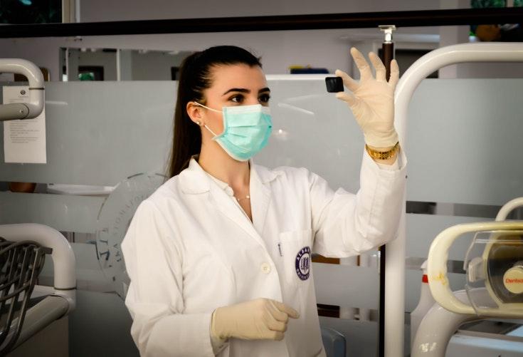 Prawie 6 tysięcy pielęgniarek zdobyło ten tytuł w 2019 roku.