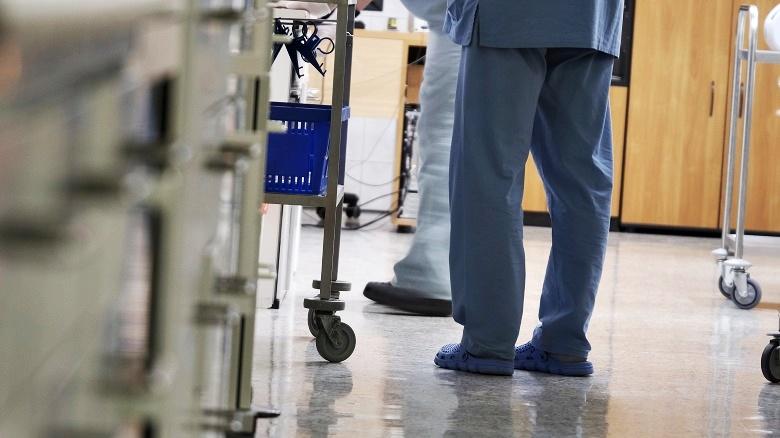 Praca dla pielęgniarki – premia motywacyjna + jubileuszówka.